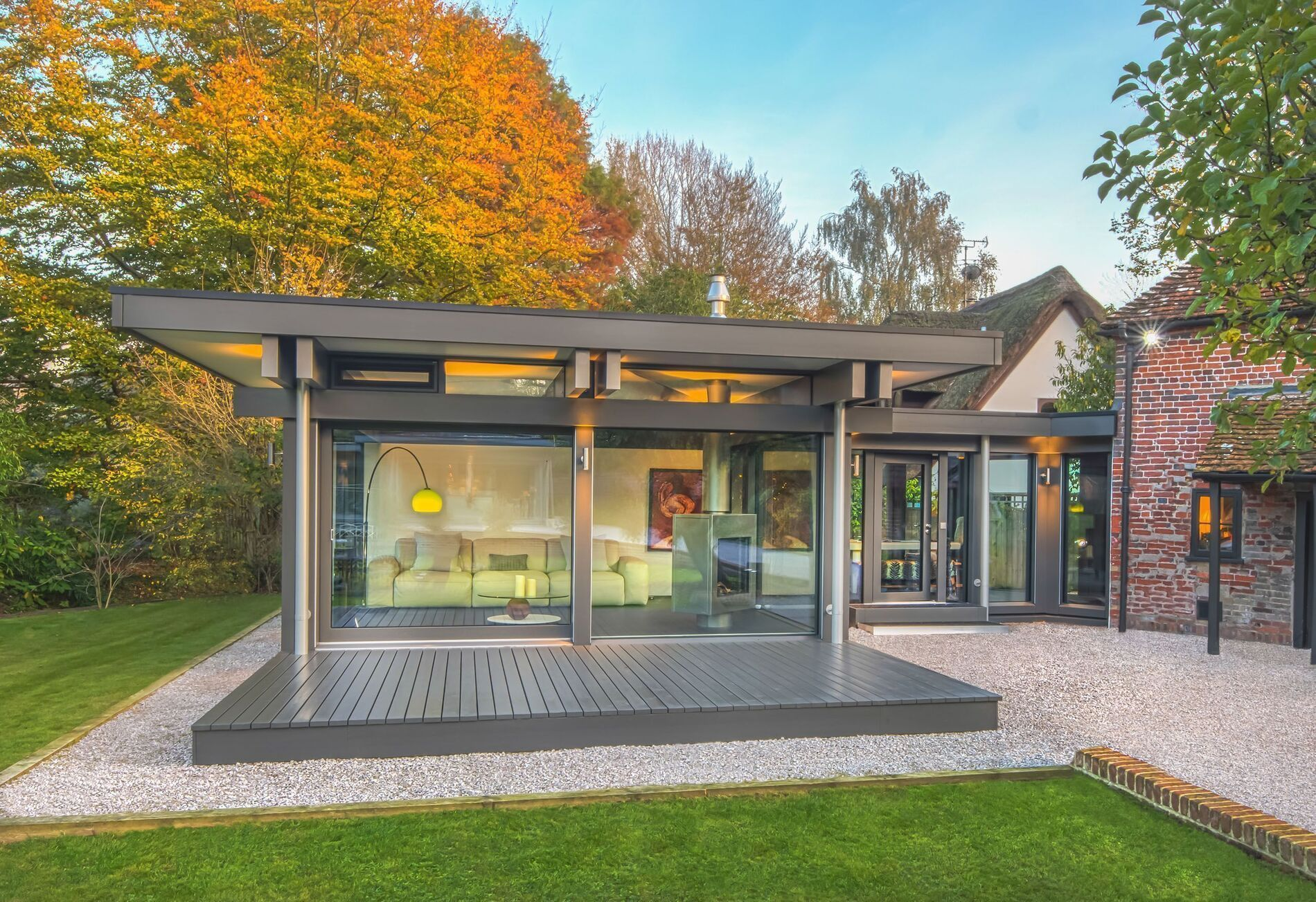 Enjoy a selection of existing dream houses in the uk here