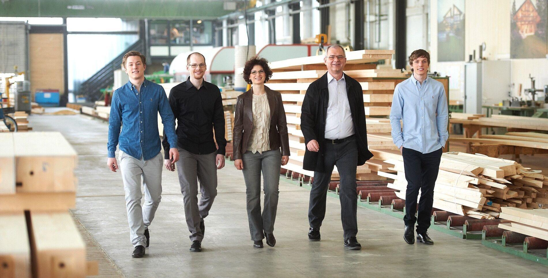Header Unternehmen vierte Generation